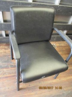 (2) Barber/Salon Back Tilt Shampoo Chair