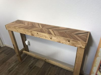 Entry table / Couch table