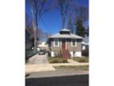 Great Kills Real Estate For Sale - Three BR, 2 1/Two BA Ranch