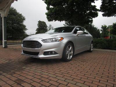 2015 Ford Fusion SE (Silver)