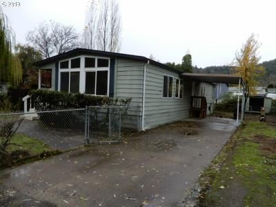2 Bed 2 Bath Foreclosure Property in Roseburg, OR 97470 - Joseph St