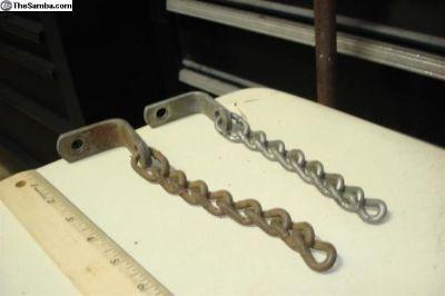 Spare tire chain locks