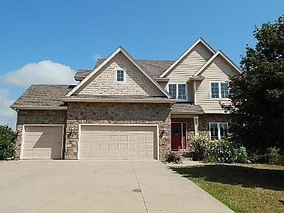 4 Bed 4 Bath Foreclosure Property in Waukee, IA 50263 - Spyglass Ln