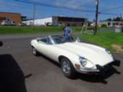 Classic For Sale: 1974 Jaguar XKE 2dr Convertible for Sale by Owner