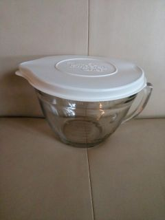 """""""NEW"""" PAPMPERED CHEF GLASS MEASURING CUP BOWL:"""