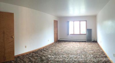 1 bedroom in Marquette