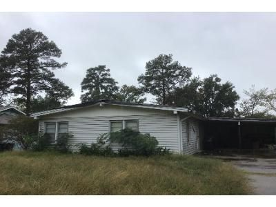 2 Bed 1 Bath Foreclosure Property in Longview, TX 75601 - Rawley Ct