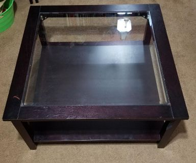 """36""""W and D x18""""H coffee table with tempered glass. Normal wear with a couple blemish - very sturdy - pick up in theodore"""