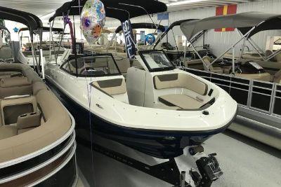 2018 Bayliner VR6 Bowrider