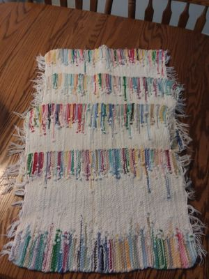 4 mutil color placemats like new excellent condition