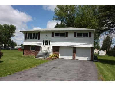 3 Bed 2 Bath Foreclosure Property in Kirkville, NY 13082 - Schepps Ln