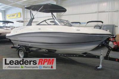 2018 Bayliner VR5 Bowrider