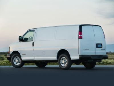 2019 Chevrolet Express 2500 Work Van (Summit White)