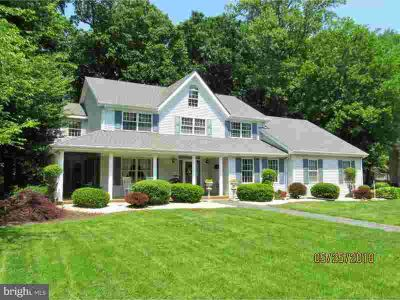 123 Pine Valley Rd Dover Four BR, Who wouldn't want a 4 car