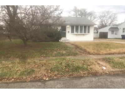 2 Bed 1 Bath Preforeclosure Property in Maple Shade, NJ 08052 - N Coles Ave
