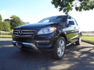 2015 Mercedes-Benz M-Class 4MATIC 4dr ML350 (Black)