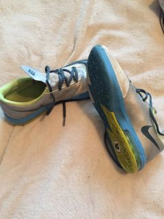 KD 6 Bolt Nike shoes