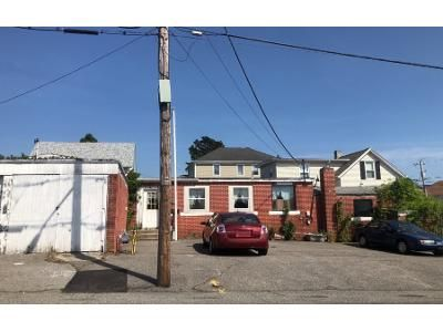 3 Bed 3 Bath Preforeclosure Property in Fall River, MA 02723 - Mcgowan St
