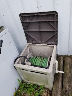 Hose roller closed in hose may be garbage not sure do not need