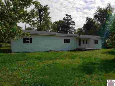 9425 Wedel Lane WEST PADUCAH Two BR, Bank foreclosure