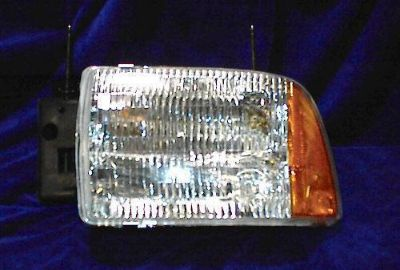 Buy L HEADLIGHT 95 96 97 S10 BLAZER S-10 1995 1996 1997 New motorcycle in Saint Paul, Minnesota, US, for US $54.75