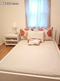 $700 4 single-family home in College Park
