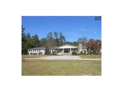 5 Bed 3 Bath Foreclosure Property in Hopkins, SC 29061 - Long Trl