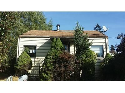 2 Bed 1 Bath Foreclosure Property in Bremerton, WA 98312 - Laurel Pl