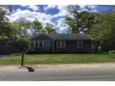 3 Bed 1 Bath Preforeclosure Property in Buzzards Bay, MA 02532 - Red Brook Rd