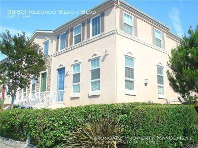 3880 Redondo Beach Blvd - 3 beds, 2 full and 1 half baths