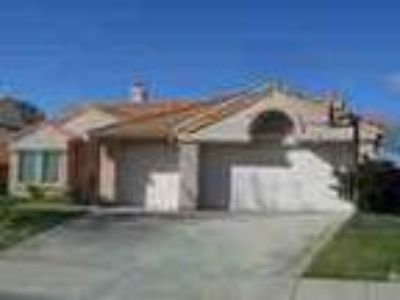 4 2 W Palmdale Rancho Vista Home New Paintcarpet