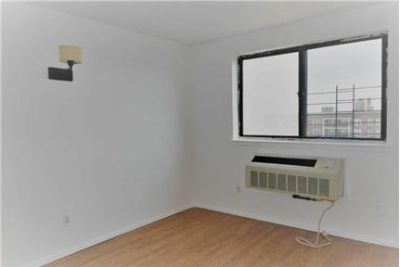 Spacious 3 Bedrooms, 2 Full Bath Apartment For Rent.