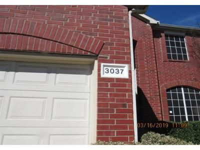 4 Bed 2.1 Bath Foreclosure Property in Grand Prairie, TX 75052 - Brookfield Dr