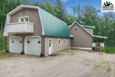 1150 Gull Road Fairbanks Three BR, Well maintained home is in the