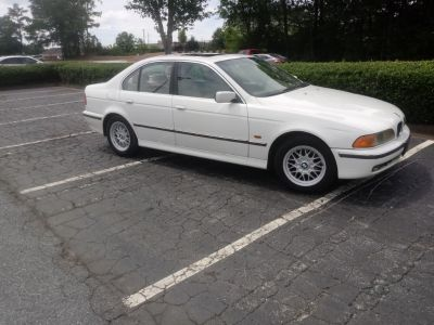2000 BMW 5-Series 528i (White)