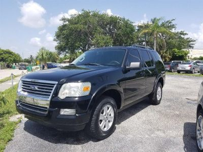 2010 Ford Explorer XLT (Black)