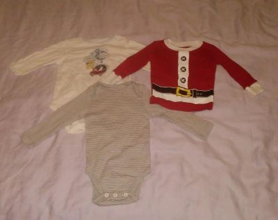 :: (3) size 3/6 months long sleeve onesies BUNDLE DISCOUNT IF PURCHASE $25-$4