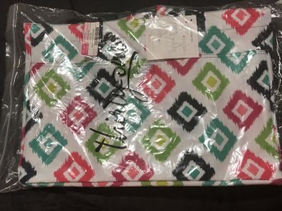 Thirty one soft Utility Tote in candy corners