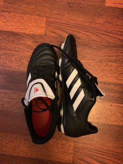 Adidas cleats- size 9