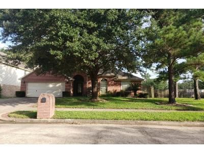 3 Bed 2.0 Bath Preforeclosure Property in Tomball, TX 77377 - Hermitage Oaks Dr
