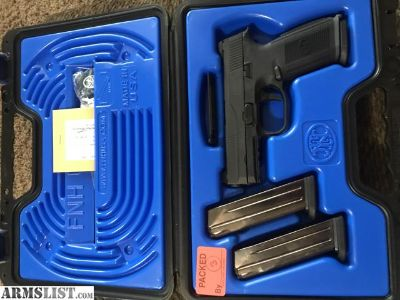 For Sale/Trade: FNS9 3-17rd mags, case extras