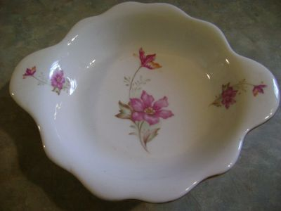Vintage Decorative Pink Flower Pattern Bowl. 47 mark on bottom.