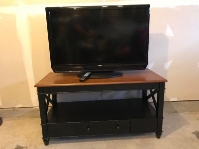 TV entertainment table with 2 drawers