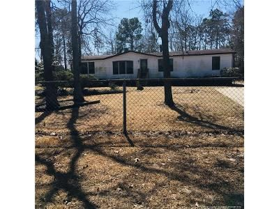 3 Bed 2 Bath Foreclosure Property in Hope Mills, NC 28348 - Silver Fox Dr
