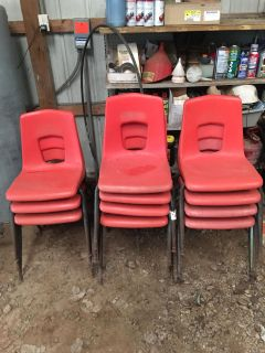 LOT OF 11 STURDY HARD PLASTIC GARDEN CHAIRS