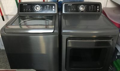 Samsung 4.7 cu ft VRT PowerFoam Top Load Washer AND 7.4 cu ft Gas Steam Dryer