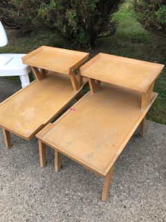 2 Vintage coffee tables by Lane