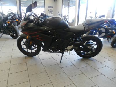 2017 Yamaha YZF-R3 SuperSport Motorcycles Gibsonia, PA
