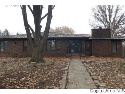 3 Bed 3 Bath Foreclosure Property in Decatur, IL 62526 - Fair Oaks Dr