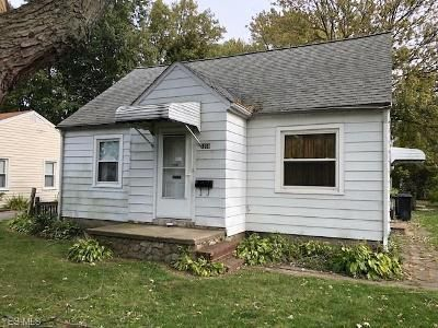 4 Bed 1 Bath Foreclosure Property in Eastlake, OH 44095 - Waverly Rd